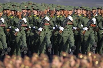 soldados cubanos