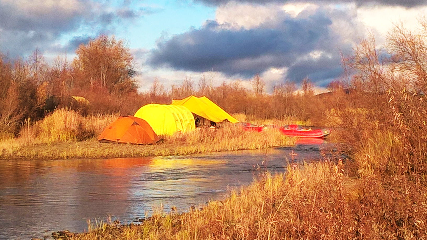 camp-river