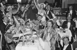 nye-celebration-vintage