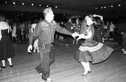 rhythm-riot-swing-dancing